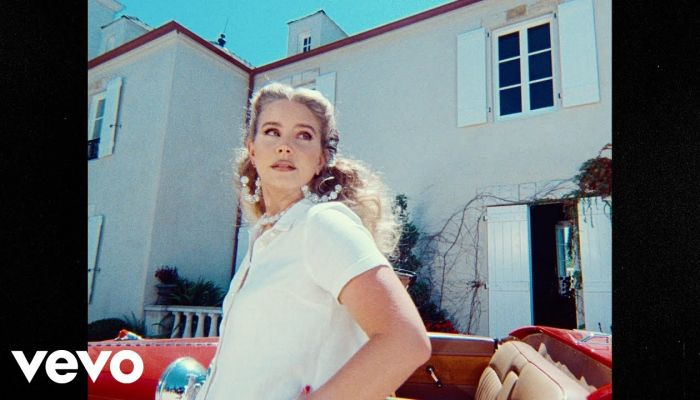 Lana Del Rey - «Chemtrails Over The Country Club»